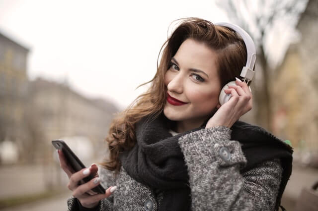 10 Best Bluetooth Headphones Buying Guide