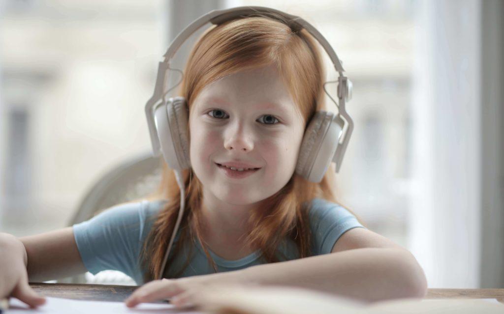 Best Wireless Headphones For Kids Online Classes